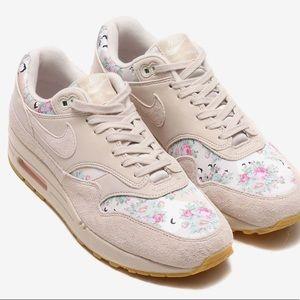 Nike Air Max 1 Floral Camo